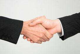 お客様との出会いの握手
