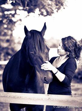 Me and one of Bent Branderups Stallions, Tyson, Summer 2010. Foto: Slawik