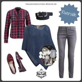 Outfit-Trend Poncho, Karo und Brosche