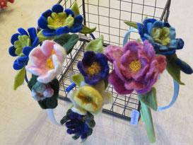 von li.: Springtime, Seerose, Frühlingswiese, Rosengarten, Springtime