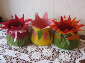 von li.: Tulip, Creamy Rose, Tulip