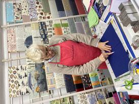 Kurs, Workshop, Andrea Schaper, Buchbinderin, Papierwerkstatt, Papierwerkstatt Hamburg, Papierwerkstatt Andrea Schaper, Handgriffe des Buchbindens, wie bindet man ein Buch