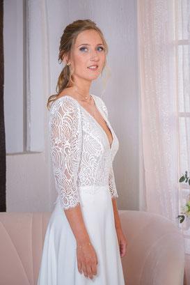 Robe de mariée à manches trois-quart