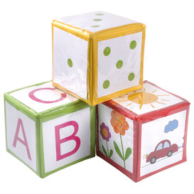 Lot de 3 dés à lancer éducatifs pour les enfants. Dés rouge, vert et jaune de taille 15 x 15 cm à acheter pas cher.