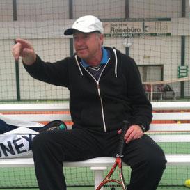 Cheftrainer Götz Dolhausen