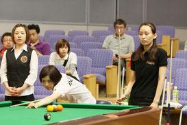 米田選手(右)vs府川選手