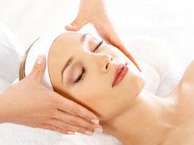 Schoonheidsbehandeling, kies uit een schoonheidsbehandeling basis of luxe bij Beauty & Nagelstudio Marjolein