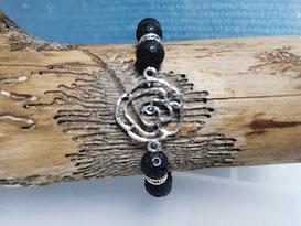 Lavastein Armband mit Antik Silber Rose