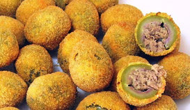 The Hotel Pennile (Ascoli Piceno), near the old town, will recommend you many places where taste the delicious stuffed olives depicted in photo