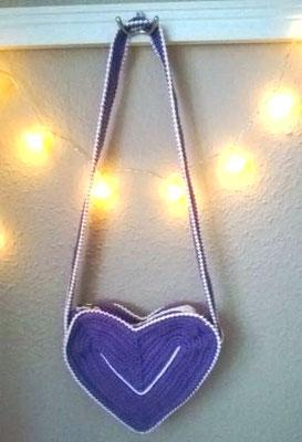 Tasche in Herzform aus Baumwolle