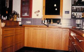Küche in Buchenfront, © Ladenbau Berschneider, Deining
