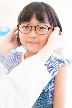 メガネの調整の様子
