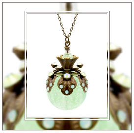 Dusa ° The Firefly Soul ° Glowing Rhinestone Necklace * Designed and Manufactured by Elfgard® Germany