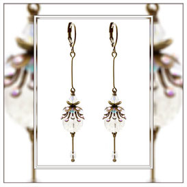 Tinka ° The Twinkling Treasure ° Earrings with Rainbow Rhinestones * Designed and Manufactured by Elfgard® Germany