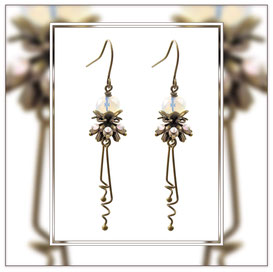Annouc ° The Playful Nature ° Earrings with Rainbow Rhinestones * Designed and Manufactured by Elfgard® Germany