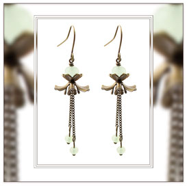 Mila ° The Gentle Danseuse ° Flower Dangle Earrings * Designed and Manufactured by Elfgard® Germany