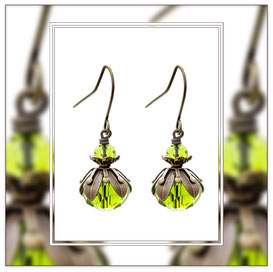 Alma ° The Sparkling Bloom ° Faceted Glass Earrings * Designed and Manufactured by Elfgard® Germany
