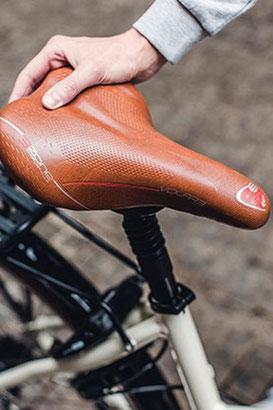 Mit der richtigen Sattelposition am e-Bike fährt es sich direkt sehr viel leichter und gesünder.