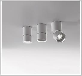 Otylight Popp P07 Pull Deckenaufbaustrahler  dreh-schwenbar, in unterschiedlichen Ausführungen erhältlich.