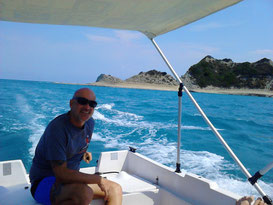 Auf Bootsausflug zum Kap Drastis