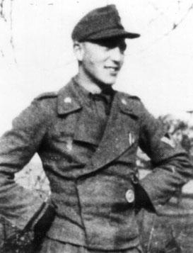 Unteroffizier Karl-Heinz Danisch in Orel / Russia in 1943 (Photo courtesy J.J. Sturm)