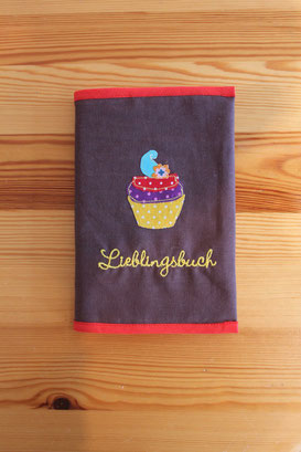 """Lieblingsbuch-Hülle"""