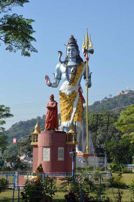 Estatua de Shiva en Haridwar