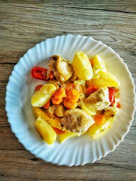 Kartoffel-Gemüse-Pfanne mit Hühnerbrust