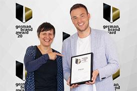 Lucia Mazzucato, Creative Studio Manager und Wojciech Foremnik, Digital & Creative Director von PM-International.
