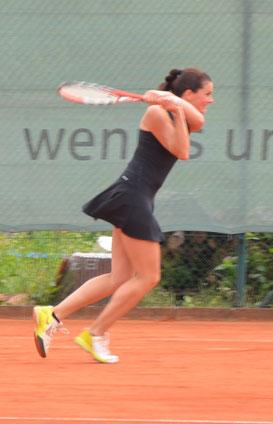 Vollen Attacke Richtung Meisterschaft: Julia Gruhler und die Offinger Tennisdamen stehen kurz vor dem Aufstieg in die Bezirksklasse 1