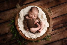 photographe Fréjus St-Raphaël de nouveau-né grossesse