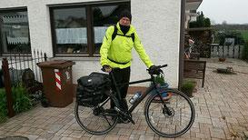 Abfahrt zur ersten Rad-Wandertour 2016