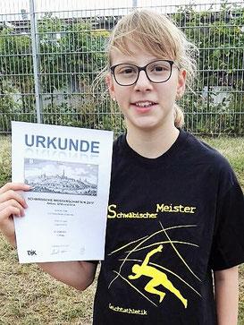 Juliane freut sich über ihren ersten Schwäbischen Meistertitel