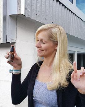 Acaraa Natural Face Serum Produktreview Hyaluronsäure Gesichtsserum Gesichtspflege Naturkosmetik Healthlove Produktreview