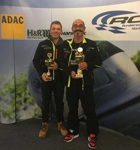 Die glücklichen Klassensieger: Klein und Meisenzahl (v. r.)