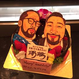 似顔絵付きデコレーションケーキ