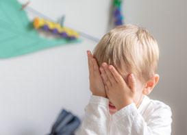 Kindergartenfotos im freien Spiel
