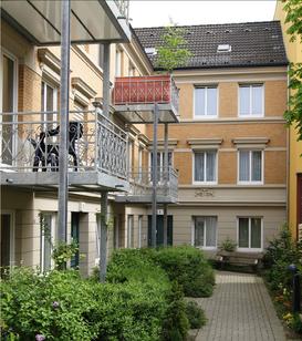 Stiftung Hieronymus Vogeler Gotteswohnungen. Wohnanlage in Hamburg St. Georg an der Böckmannstraße 47 mit 22 Wohnungen.