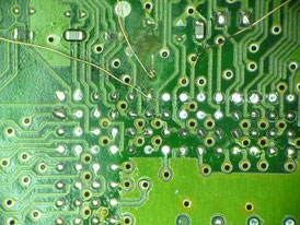 車 コンピュータ基板 修理前(基板)