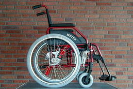 Wheelchair with ProSafe system and integrated lap belt