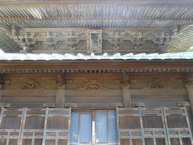 とにかく古い仏殿