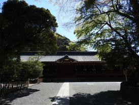 鎌倉街道口から本宮をみる