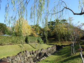 公園内内掘り水路の史蹟