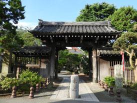 本覚寺裏門