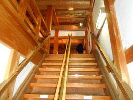 巽櫓上階へ