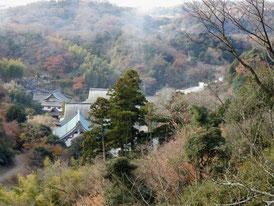 山頂から観る建長寺