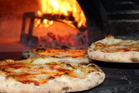 pizzas au feu de bois au domaine de pierrageais