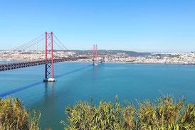 Brücke des 17. April Lissabon