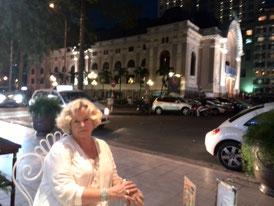 Hotel Continental an der Saigon Oper
