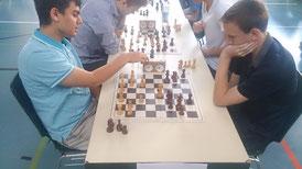 Die beiden Buchloer (links Simon, rechts Uli) trafen in der 2. Runde aufeinander, diese Partie gewann Uli